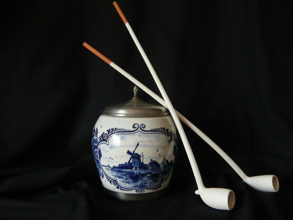 Tabaktopf aus Keramik